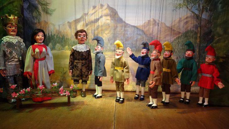 Marionettentheater Schneewittchen