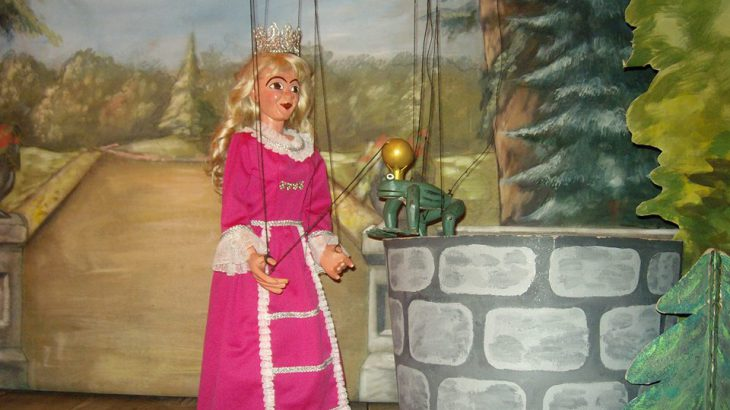 Froschkönig Marionettentheater
